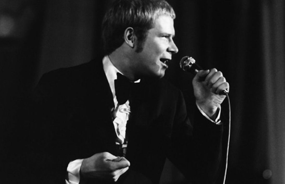 Long John Baldry singing the blues in a nightclub