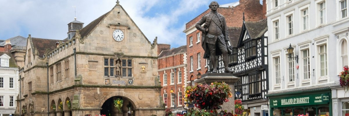 Clive stands proud in Shrewsbury, not far from where he was born. Photo: visitshrewsbury.co.uk