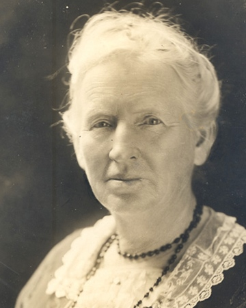 2nd Woman Elected to Congress and Educator Alice Mary Robertson
