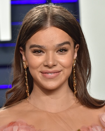 Actress and Singer Hailee Steinfeld