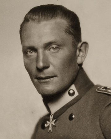 https://www.onthisday.com/images/people/hermann-goering-medium.jpg