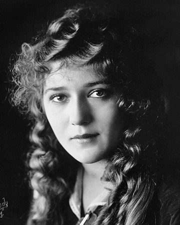 Actress Mary Pickford