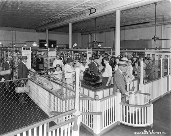 Shoppers queuing at the Piggly Wiggly checkouts