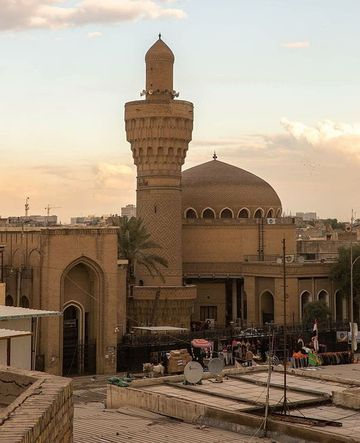 The minaret of the Al Khalufa mosque in Baghdad, showcasing the minaret from the Abbasid era of the city
