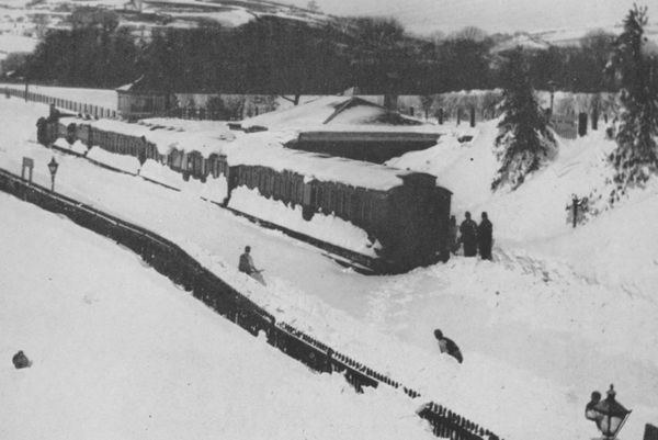 A train derailed  in England due to the ferocious snowstorm of 1891