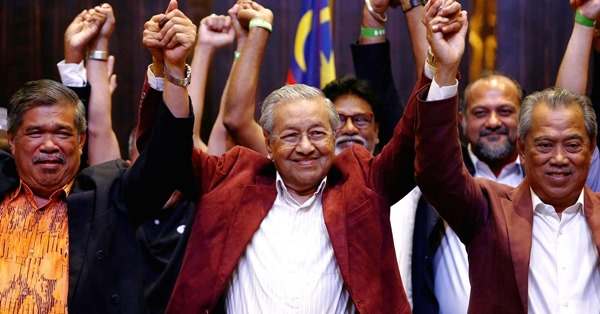 Dr. Mahathir (middle), after winning the Malaysian 14th general election